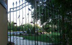Wrought_Iron_Gate_100_jpg