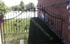 Wrought_Iron_Gate_131_jpg
